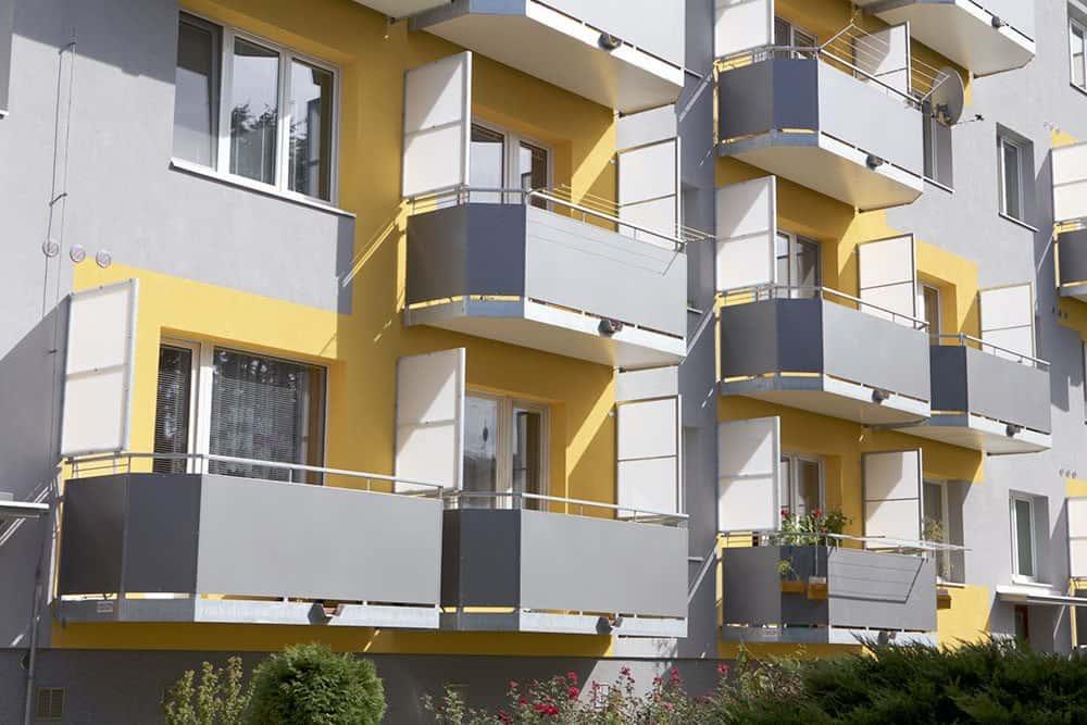 Aké sú výhody oceľových balkónov