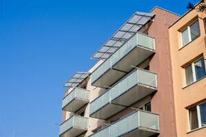 Závesné balkóny