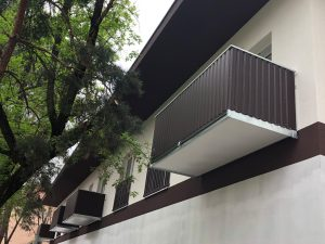 Balkony s trapézovým plechem